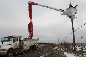 OPPD crews restoring power near Tecumseh