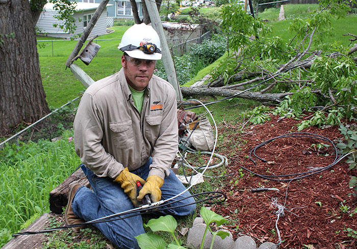 COM_ID a utility employee_troubleshooter Dave Tonjes